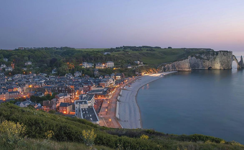 Golf-Expedition-Golf-Reizen-Frankrijk-Regio-Normandië-Dormy House-strand-dorp-zee