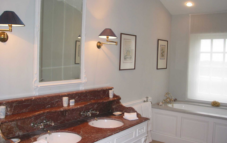 Golf-Expedition-Golf-reizen-Frankrijk-Regio-Aquitaine-Chateau-Du-Tertre-bathroom