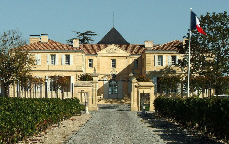Golf-Expedition-Golf-reizen-Frankrijk-Regio-Aquitaine-Chateau-Du-Tertre-entrance-3