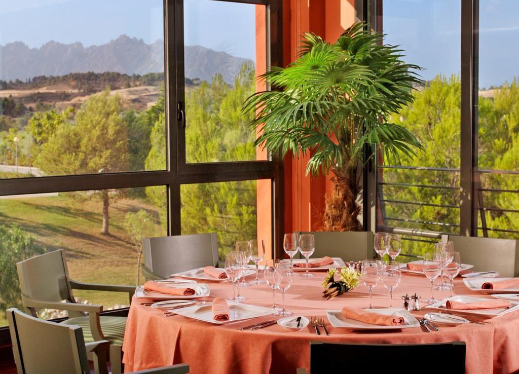 Golf-Expedition-Golf-reizen-Spanje-Regio-Barcelona-Hotel-Barcelona-Golf-dinner-area