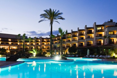 Golf-Expedition-Golf-reizen-Spanje-Regio-Barcelona-Precise-Golf-Resort-El-Rompido-resort-night-view