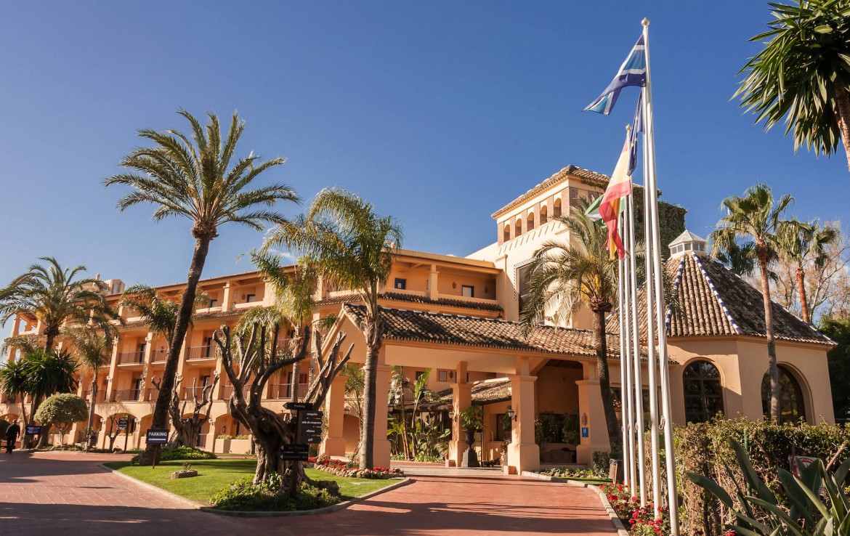 Golf-Expedition-Golf-reizen-Spanje-Regio-Malaga-Hotel-Guadalmina-Spa-&-Golf-Resort-entrance
