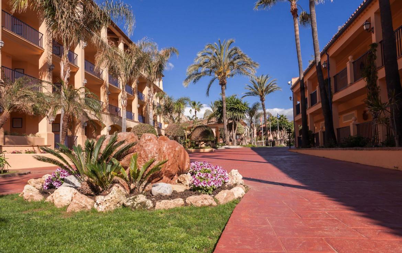 Golf-Expedition-Golf-reizen-Spanje-Regio-Malaga-Hotel-Guadalmina-Spa-&-Golf-Resort-garden