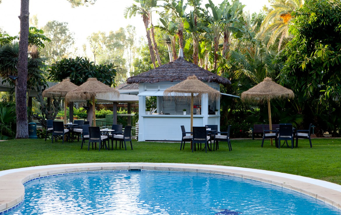 Golf-Expedition-Golf-reizen-Spanje-Regio-Malaga-Los-Monteros-Spa-&-Golf-Resort-Poolbar