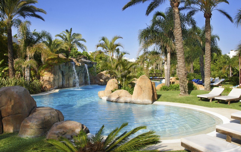 Golf-Expedition-Golf-reizen-Spanje-Regio-Malaga-Melia-Marbella-banus-pool