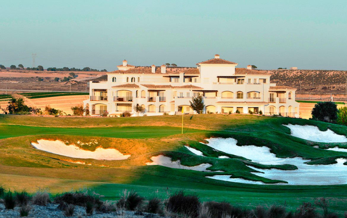 Golf-Expedition-Golf-reizen-Spanje-Regio-Valencia-intercontinental-Mar-Menor-Golf-Resort-&-Spa-golf-course-and-resort-view