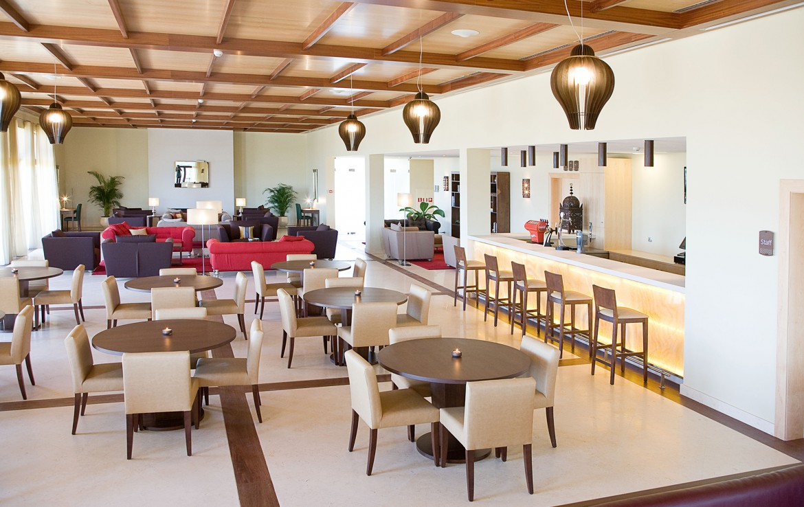 Golf-expedition-golfreizen-golfresort-Amendoeira-Restaurant-1