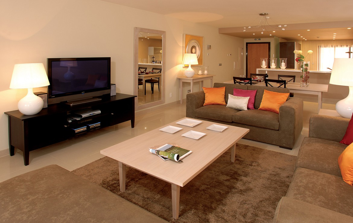 Golf-expedition-golfreizen-golfresort-Amendoeira-livingroom-apartment-1