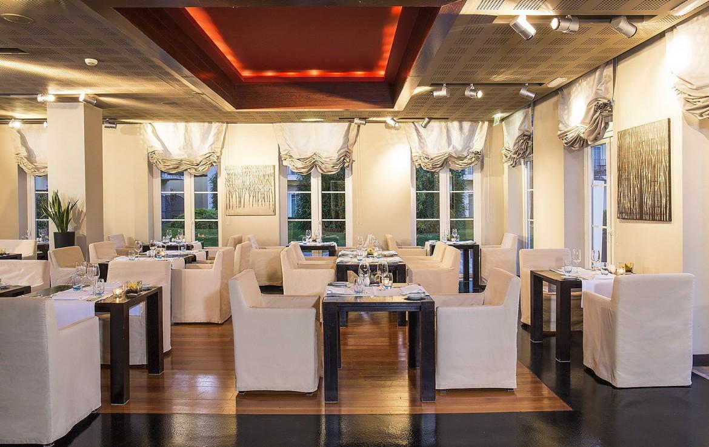 Golf-expedition-golfreizen-golfresort-Blue-and-green-the-lake-spa-resort-Restaurant