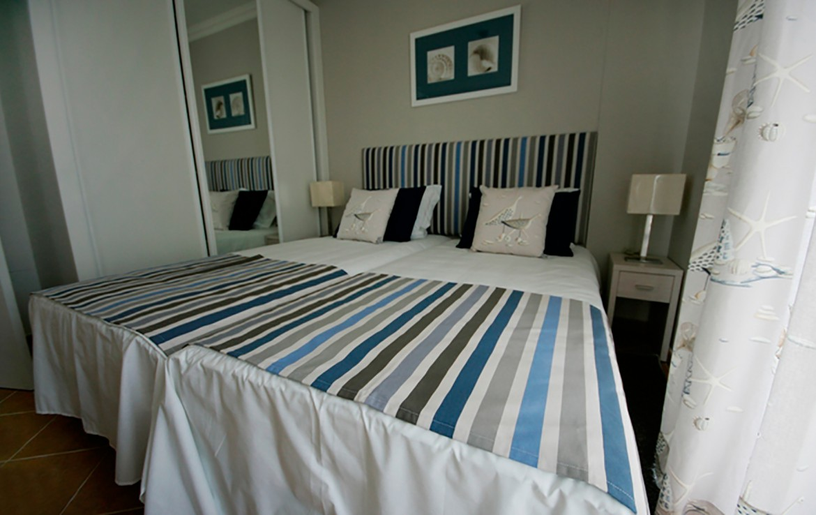 Golf-expedition-golfreizen-golfresort-Castro-Marin-Golfe-&-Country-Club-appartement-bedroom-bed-2