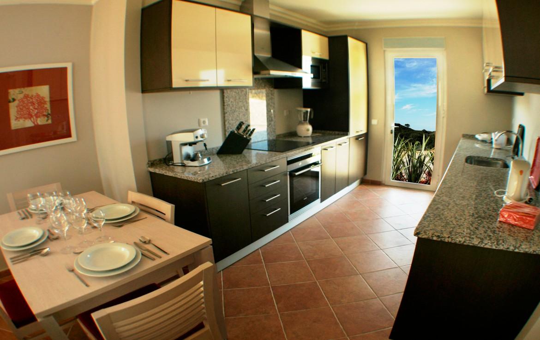 Golf-expedition-golfreizen-golfresort-Castro-Marin-Golfe-&-Country-Club-appartement-kitchen