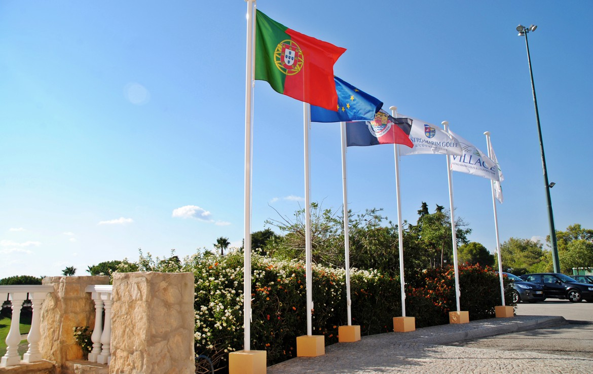 Golf-expedition-golfreizen-golfresort-Castro-Marin-Golfe-&-Country-Club-country-flags