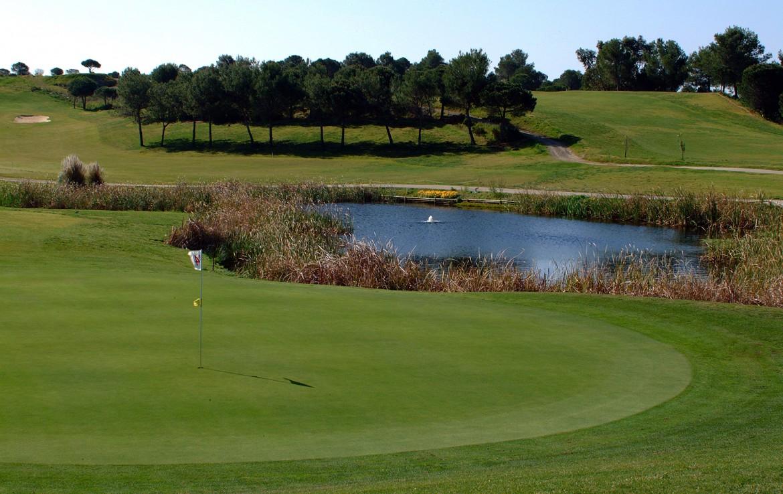 Golf-expedition-golfreizen-golfresort-Castro-Marin-Golfe-&-Country-Club-golfbaan-hole-4