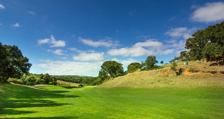 Golf-expedition-golfreizen-golfresort-Dolce-CampoReal-Lisboa-golfbaan-hole-1