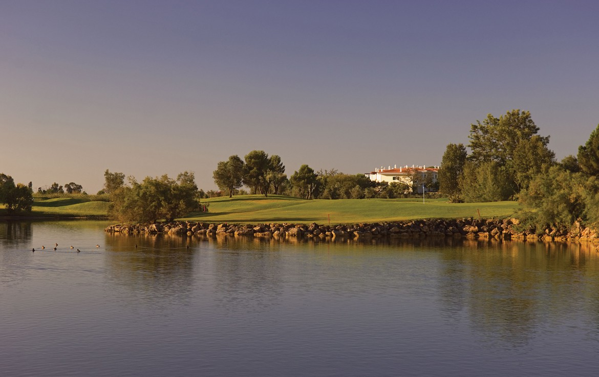 Golf-expedition-golfreizen-golfresort-Dona-Filipa-Hotel-golfbaan-hole-1