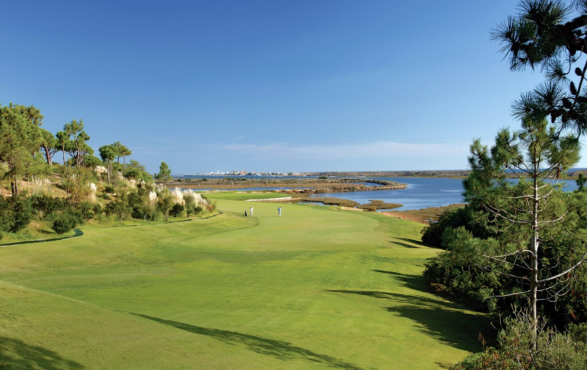 Golf-expedition-golfreizen-golfresort-Dona-Filipa-Hotel-golfbaan-hole-7