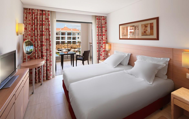 Golf-expedition-golfreizen-golfresort-Hilton-Vilamoura-As-Casatas-Golf-Resort-&-Spa-appartement-bedroom-1