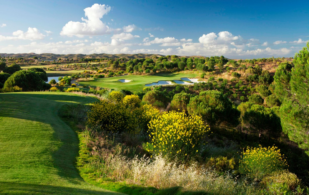 Golf-expedition-golfreizen-golfresort-Monte-Rel-Golf-And-Country-Club-golfbaan-hole-5