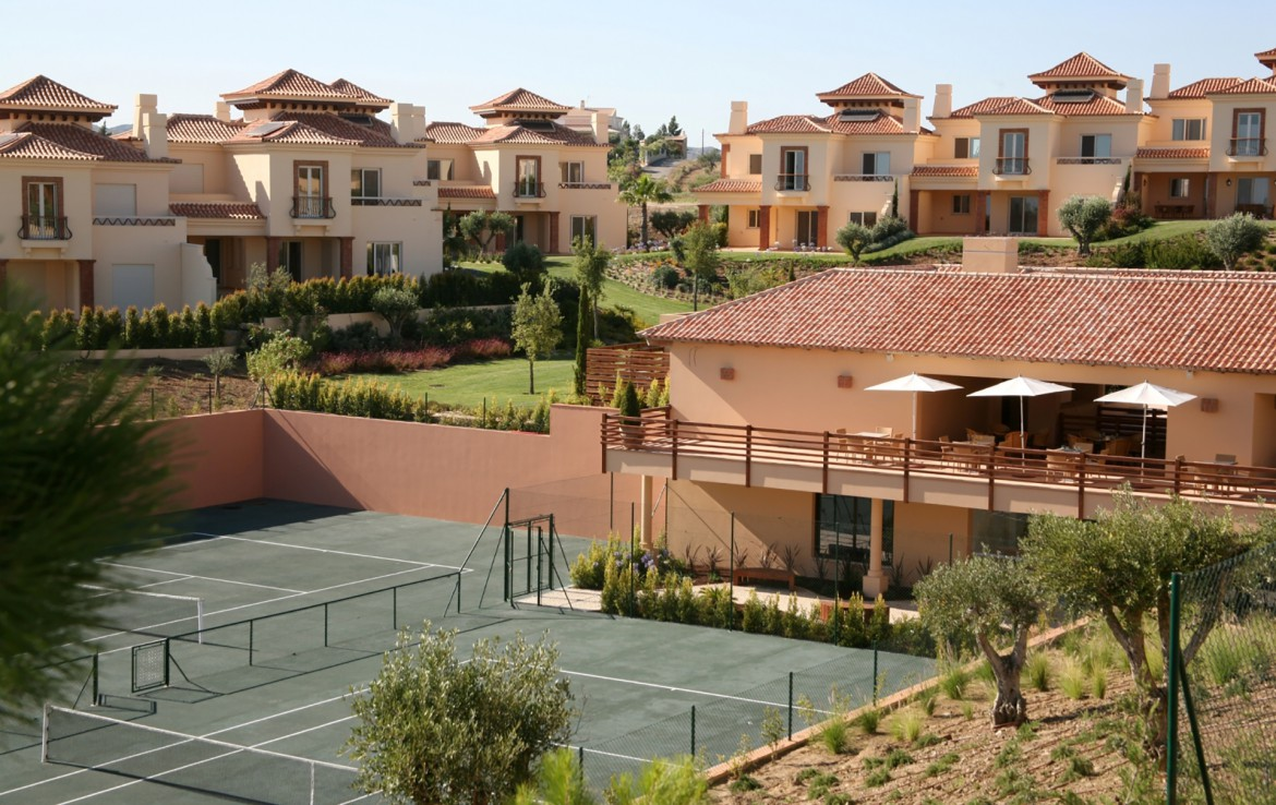 Golf-expedition-golfreizen-golfresort-Monte-Rel-Golf-And-Country-Club-resort-tennis-court