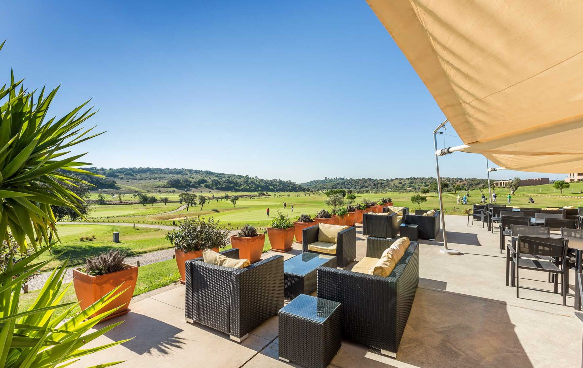 Golf-expedition-golfreizen-golfresort-Morgado-Golf-&-Country-Club-Morgado-Golf-Resort-Bar-Lobby