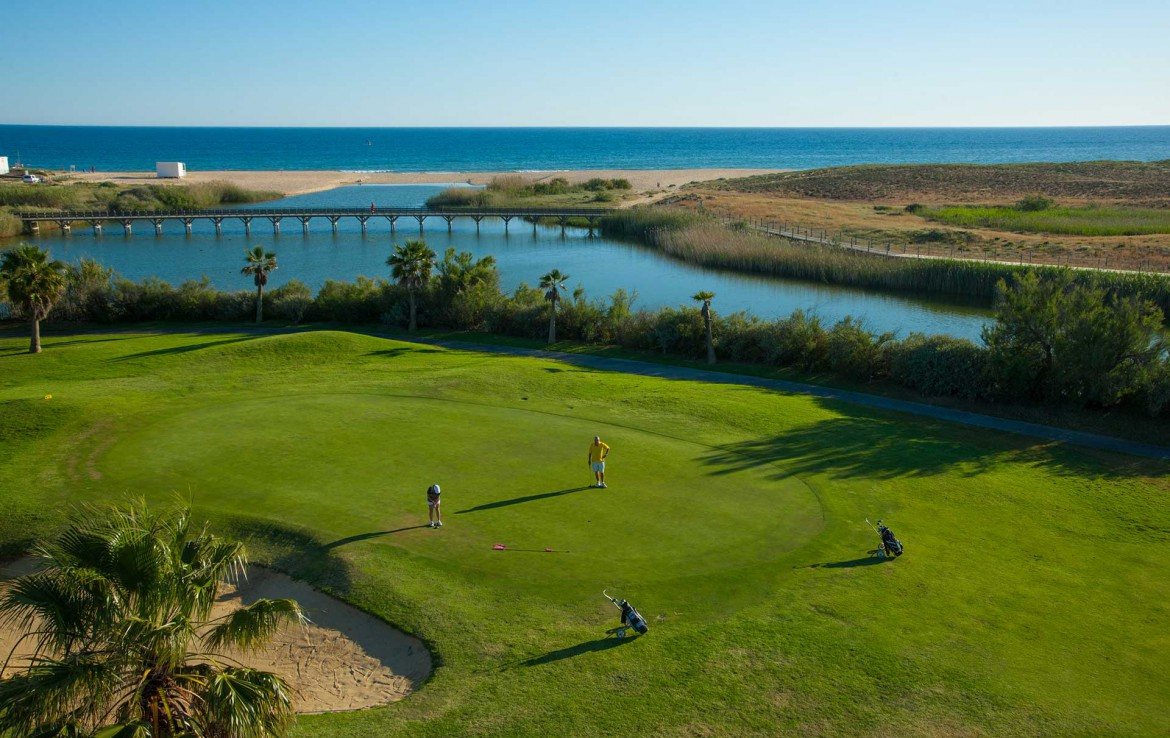 Golf-expedition-golfreizen-golfresort-Morgado-Golf-&-Country-Club-golf-course-hole-12