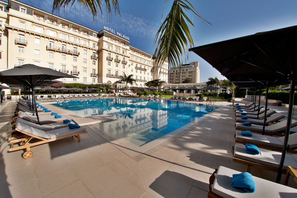Golf-expedition-golfreizen-golfresort-Palacio-Estoril-Hotel-Golf-And-Spa-pool-and-resort-view