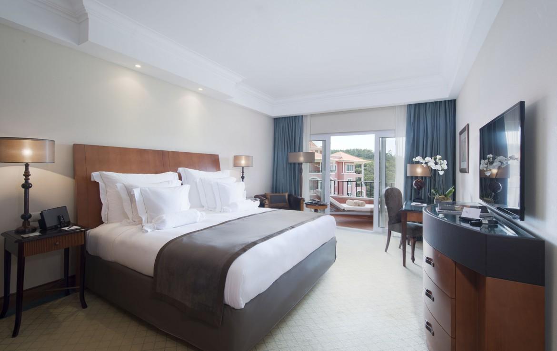 Golf-expedition-golfreizen-golfresort-Penha-Longa-Resort-appartement-deluxe-bedroom