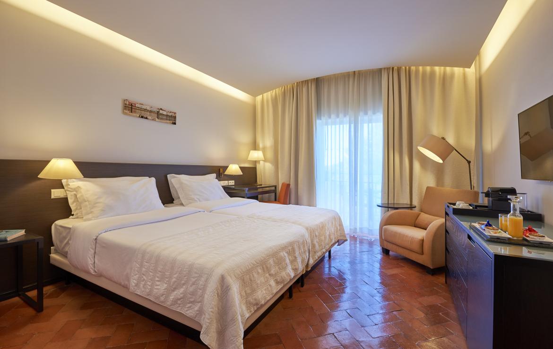 Golf-expedition-golfreizen-golfresort-Penina-hotel-&-Golf-Resort-appartement-bedroom-1