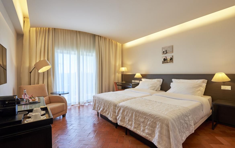 Golf-expedition-golfreizen-golfresort-Penina-hotel-&-Golf-Resort-appartement-bedroom-2