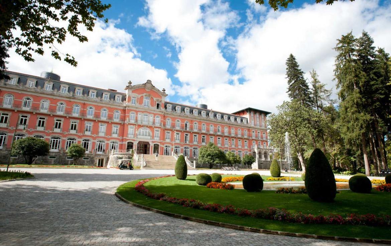 Golf-expedition-golfreizen-golfresort-Vidago-palace-front-view-2