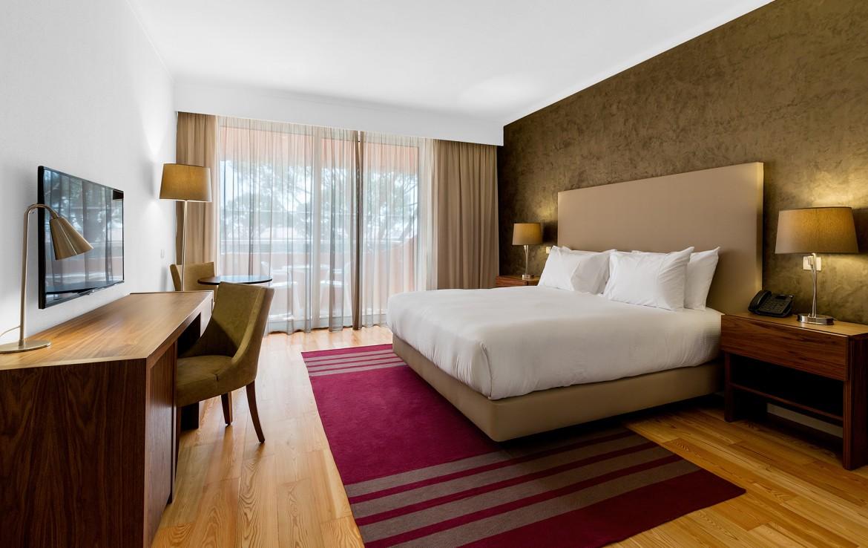 Golf-expedition-golfreizen-golfresort-Villamoura-Garden-Hotel-appartement-bedroom-1