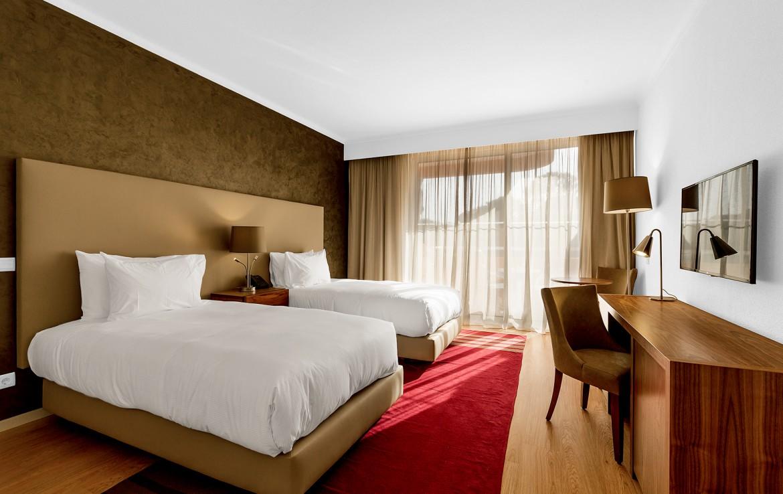 Golf-expedition-golfreizen-golfresort-Villamoura-Garden-Hotel-appartement-bedroom-4