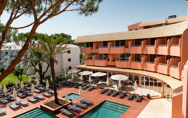 Golf-expedition-golfreizen-golfresort-Villamoura-Garden-Hotel-poolside-view-out-of-appartement