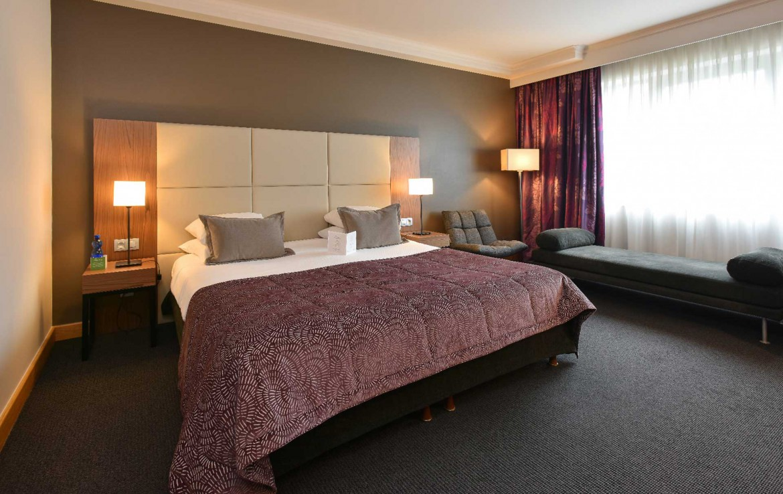 Golf-reizen-Golf-Expedition-België-Regio-Brussel-Martins-Chateau-du-Lac-bedroom