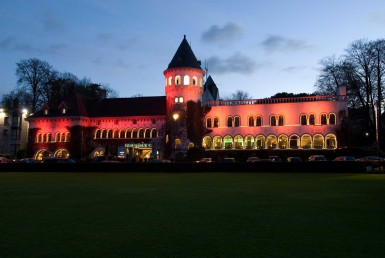 Golf-reizen-Golf-Expedition-België-Regio-Brussel-Martins-Chateau-du-Lac-hotel-at-night