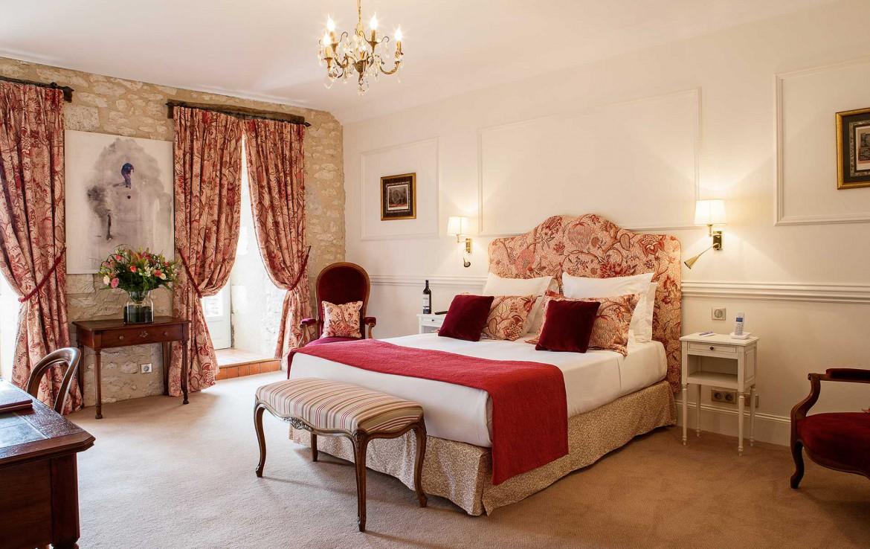 Golf-reizen-Golf-Expedition-frankrijk-Regio-Aquitaine-Chateau-des-Vigiers-bedroom