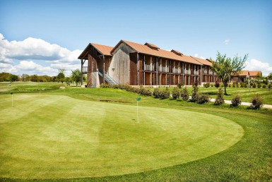 Golf-reizen-Golf-Expedition-frankrijk-Regio-Aquitaine-Chateau-des-Vigiers-golf-course-hole-4