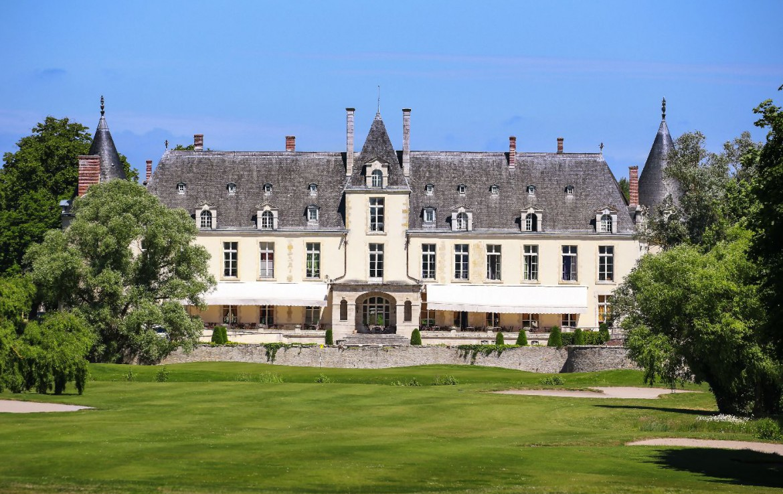 Golf-reizen-frankrijk-regio-parijs-Chateau-d'Augerville-Golf-Resort-golfbaan-luxe-resort-achtergrond-golf-expedition