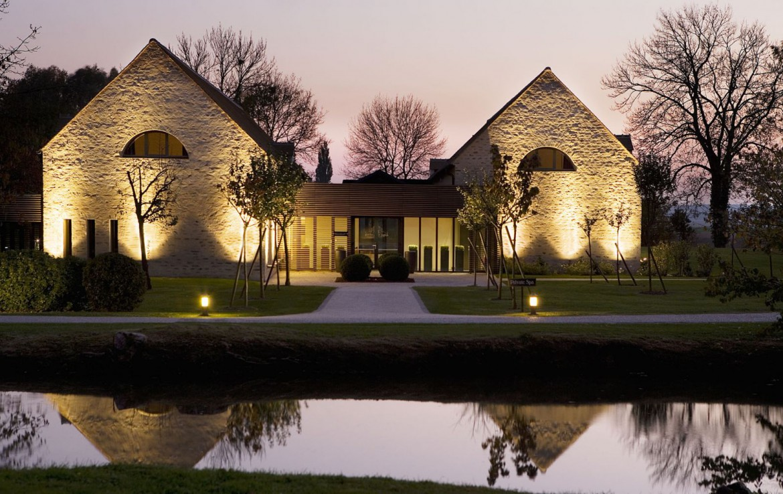 Golf-reizen-frankrijk-regio-parijs-Chateau-de-Villiers-le-Mahieu-entree-spa-wellness-golf-expedition