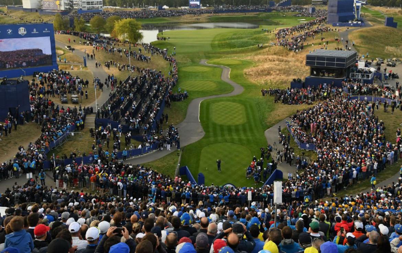 Golf-reizen-frankrijk-regio-parijs-Novotel-Saint-Quentin-Golf-National-golfwedstrijd-golf-expedition