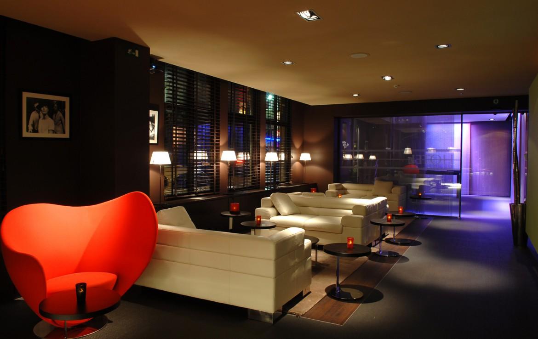 Golfexpedition-Golfreizen-België-Brussel-Brussels-Course-donker-stoel-rood