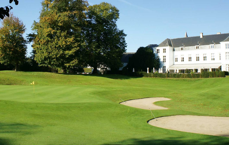 Golfexpedition-Golfreizen-België-Brussel-Grand-Hotel-Waterloo-course-wit-huis-zand-gras