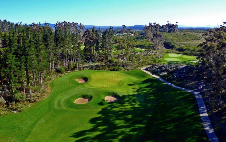 golf-expedition-golf-reis-zuid-afrika-golf-en-garden-route-drone-overzicht-golfbanen.jpg