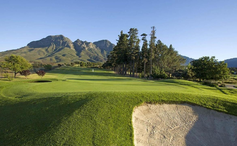 golf-expedition-golf-reis-zuid-afrika-golf-en-garden-route-golfbaan-bunker.jpg