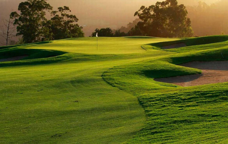 golf-expedition-golf-reis-zuid-afrika-golf-en-garden-route-golfbaan-zon-ondergang.jpg