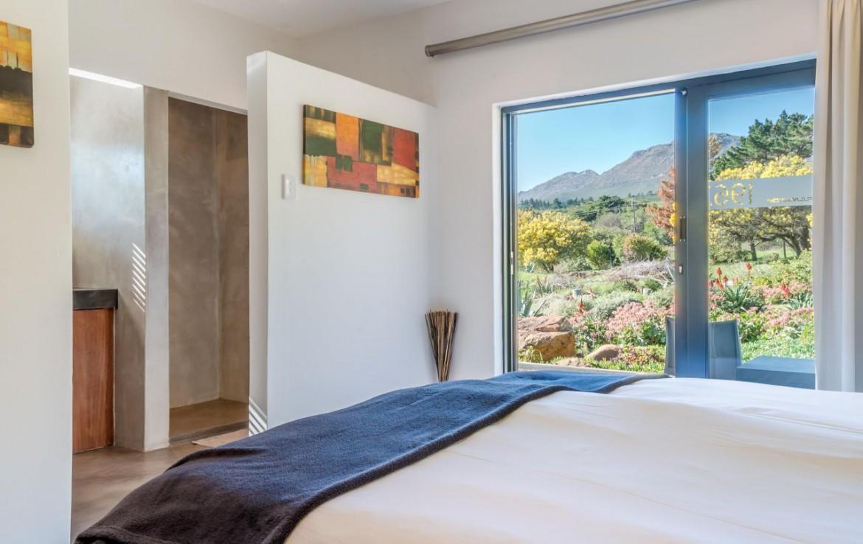 golf-expedition-golf-reis-zuid-afrika-golf-en-garden-route-slaapkamer-met-mooi-uitzicht.jpg