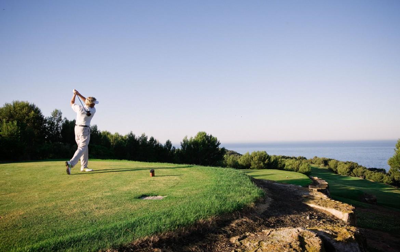 golf-expedition-golf-reizen-Frankerijk-regio- Provence-Hotel-du- Castellet-meneer-golven-clif-berg