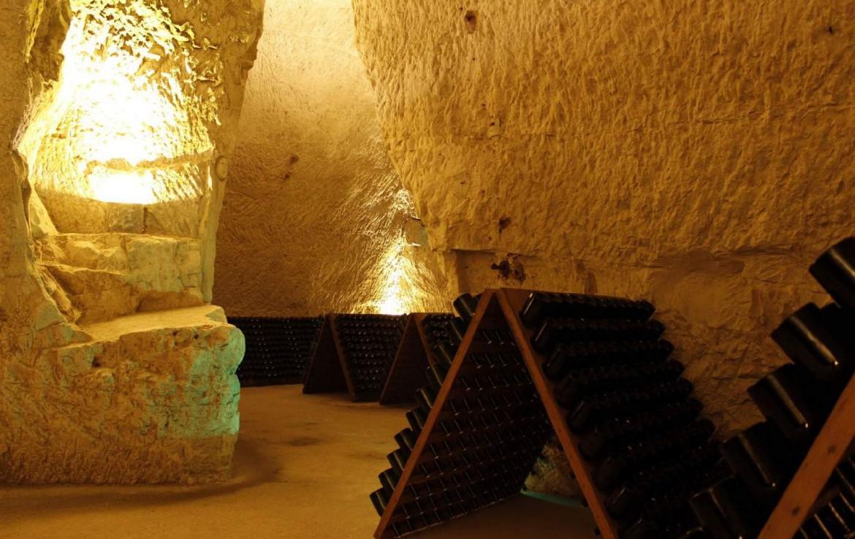 golf-expedition-golf-reizen-Frankerijk-regio- champagne-Hotel-de-la-paix-wijn-kelder-onder-grond