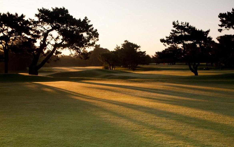 golf-expedition-golf-reizen-frankrijk-regio-aquitaine-biarritz-chateau-du-clair-lune-golfbaan-zon-ondergang.jpg