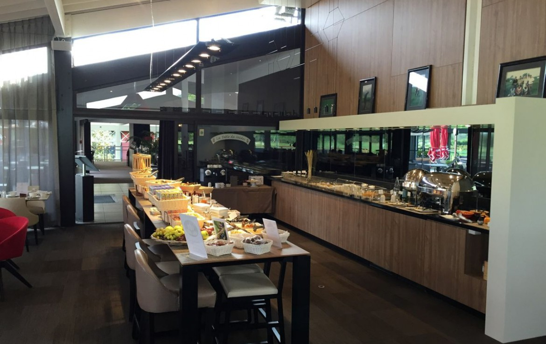 golf-expedition-golf-reizen-frankrijk-regio-aquitaine-bodreaux-golf-du-medoc-hotel-en-spa-luxe-frans-ontbijt.jpg